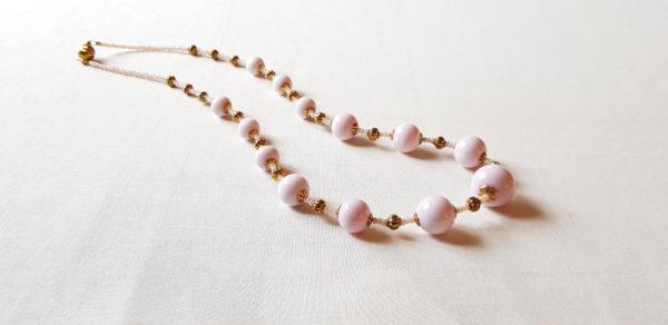 Collier 13 perles rose en verre de Murano